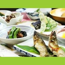 使用する食材は季節により変わります。旬の食材をお楽しみください☆