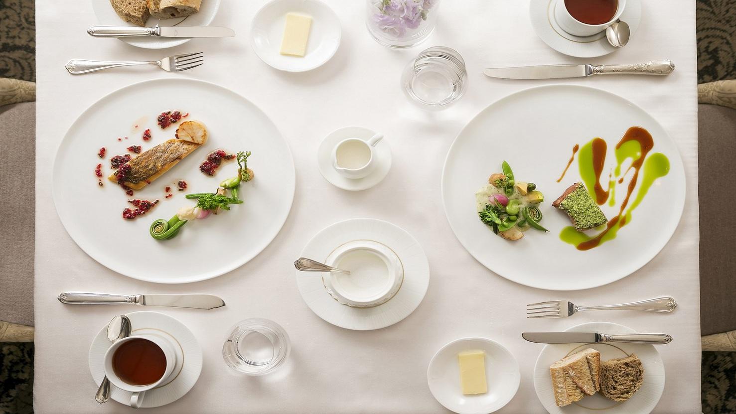 【フランス料理 モン・フレーブ】地元のお客様に好評のランチメニューも充実しております。