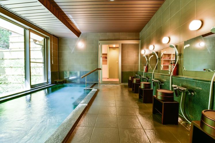 大浴場洗い場(朝・夕方)