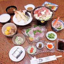 *【ご夕食一例】女将手作りの家庭的で優しい味付けの料理です