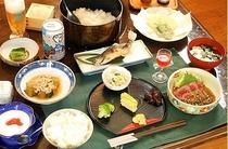 グリーンシーズンのご夕食一例