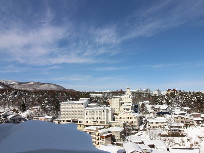 白根の山々の雪景色