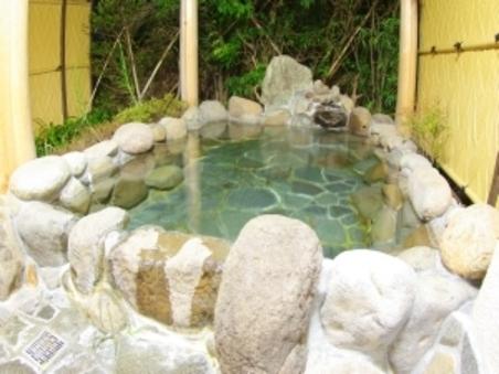 広〜い岩露天風呂付客室・和室8畳