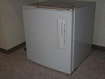 冷蔵庫(御自由にお使い下さい)