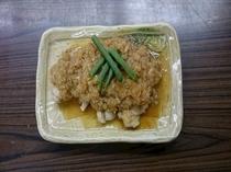 【朝食】日替わりメニュー和食・豚肉おろしだれ煮