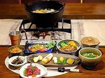 囲炉裏テーブルでのお夕食