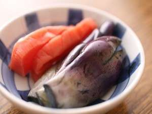 (5)お漬物にいたるまで、全てが手作り。これだけで、ご飯をおかわりしたくなる(一例)