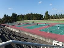 笠松運動公園のテニスコート