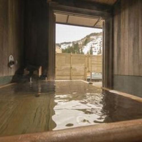 『寝待ち月』のお風呂はもちろん源泉掛け流しです