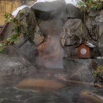 雪見風呂も花月の楽しみの一つです。