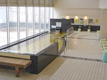 【四季の館】『四季の湯』併設の日帰り入浴施設。ご宿泊のお客様は無料でご利用いただけます。