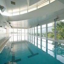 タカミヤグループ瑠璃倶楽の屋内プール