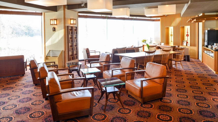 ■【別館宿泊専用ラウンジ「七竃」】/別館客室に宿泊のお客様のために、くつろぎの空間とサービスをご用意