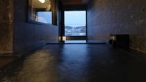 【別館】展望風呂付和洋特別室 一例/温泉展望風呂では、阿寒の四季を肌で感じる湯浴みを。