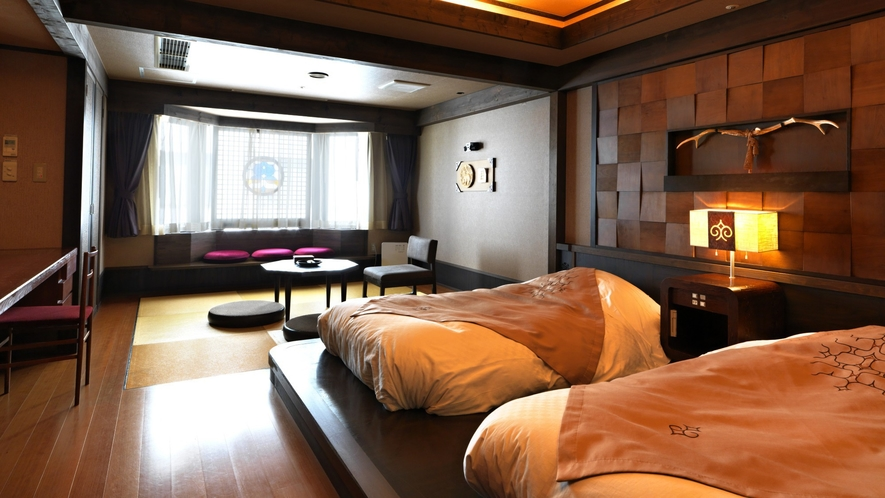 【レラの館】和洋室(一例)/和のくつろぎと洋の機能美を阿寒の郷土性をテーマに融合しました。