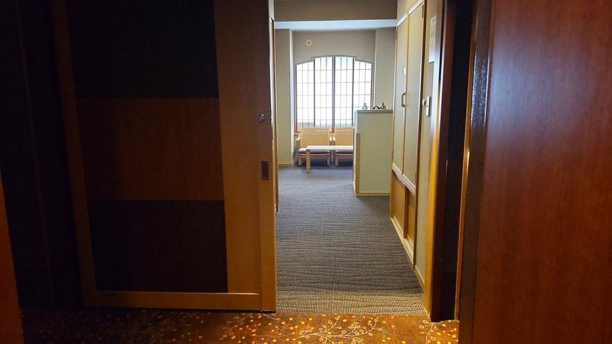 【こもれび】DX和洋室/お部屋の入口は引き戸タイプ(イメージ)
