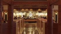■【メインダイニング天河】/オープンキッチンを備え、出来立てのお料理をご提供します。
