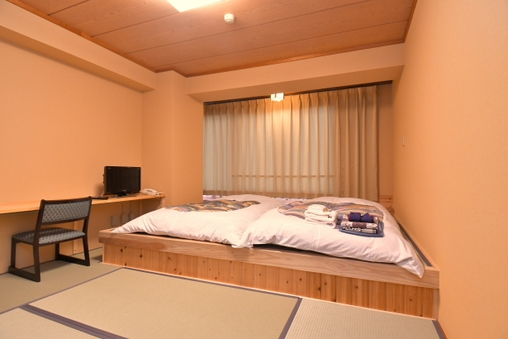 【禁煙:旧館】和室6畳+小上がり バス・トイレなし【花雲館】