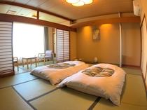 【禁煙】和室10畳 バス・トイレ付 瑞雲館
