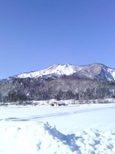 冬の尾白山
