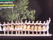 萌木の村恒例 野外フィールドバレエ