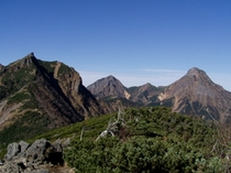 三ツ頭山頂からの権現・阿弥陀・赤岳