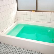 【お風呂】温泉ではございませんが、貸切でご利用いただけます。