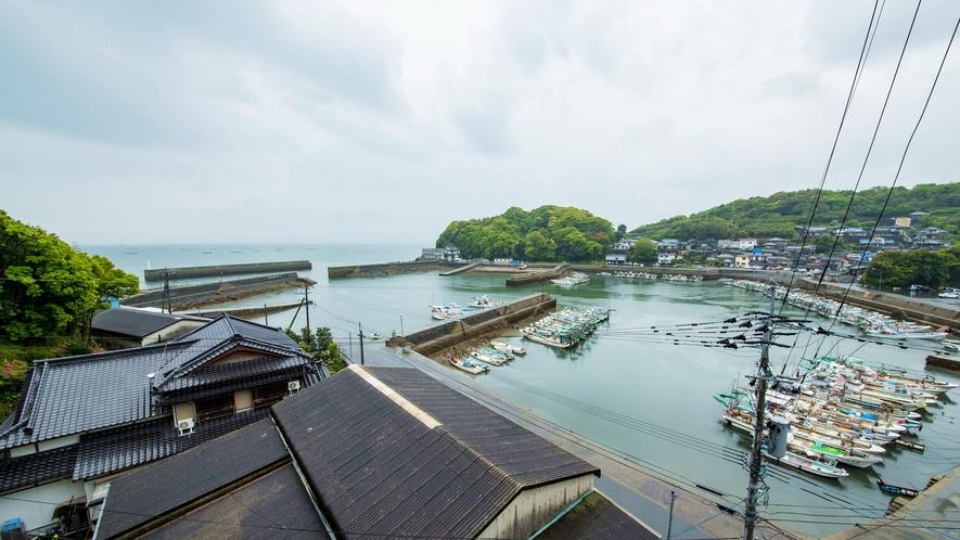 *【竹崎港/お部屋からの眺望】普賢岳と有明海が同時に一望できる、広大な景色が広がります。