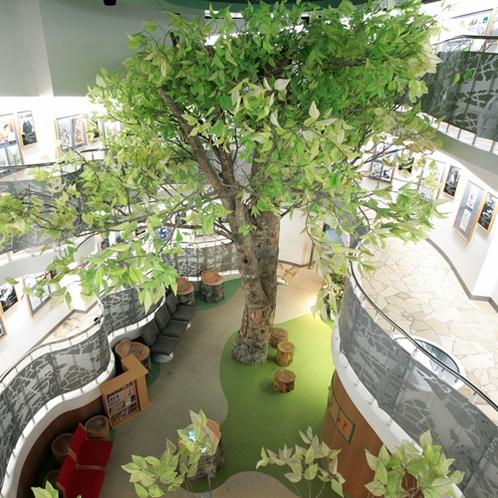 *【周辺施設/まんが美術館】全国で初めて「まんが」をテーマとした本格的美術館です。