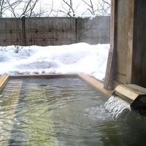*【温泉/貸切風呂】全て檜張りの湯で、ご家族水入らずでお楽しみいただけます。
