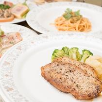 *【お夕食一例】美食の宝庫北海道からの産直食材×伊豆地産食材の味覚のコラボ!