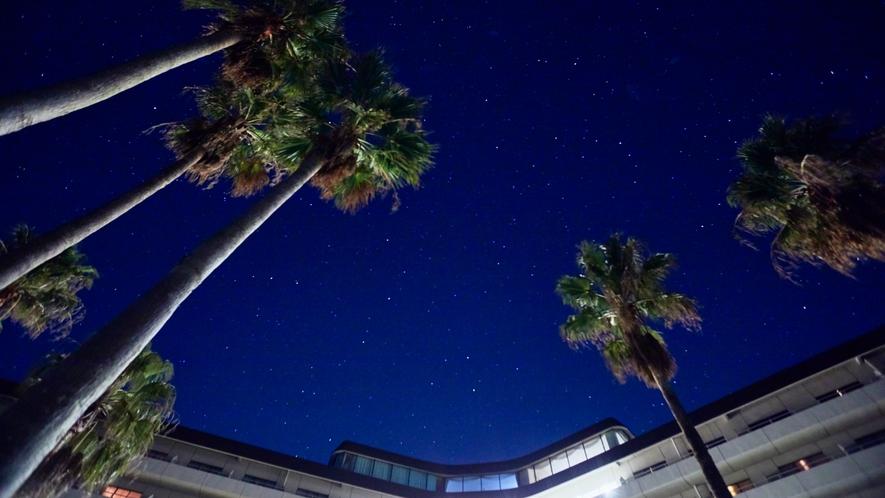 ★瀬戸内海国立公園内の高台に建つ、ホテルならではの星空(一例)