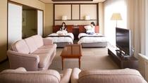 ★【スイートルーム】70㎡広々した和洋室(8畳の畳付 一例)最上階客室でゆったり、のんびり。