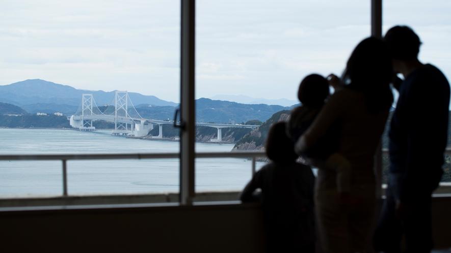 ★エレベーターフロア前より瀬戸内海の景色をご覧いただけます。