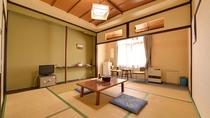 *和室10畳(客室一例)/足を伸ばせる和室で、ごゆっくりお寛ぎください。