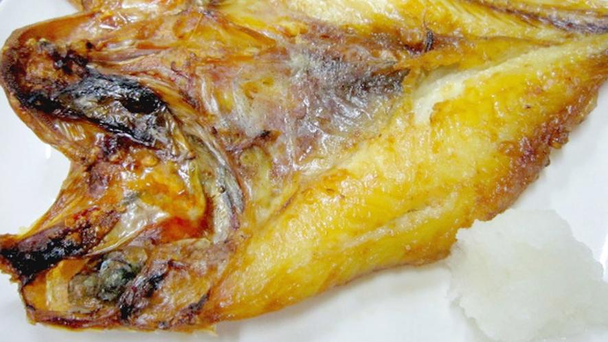 *夕食一例【キンキの開き】上質な旨みが香る焼き魚です。