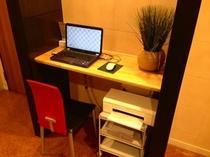 PCコーナーではPCはもちろん、プリンターも無料でご利用いただけます。