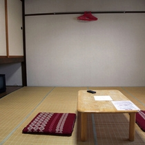 *【客室(一例)】和室のお部屋もございます!ごゆっくりお寛ぎ下さい。