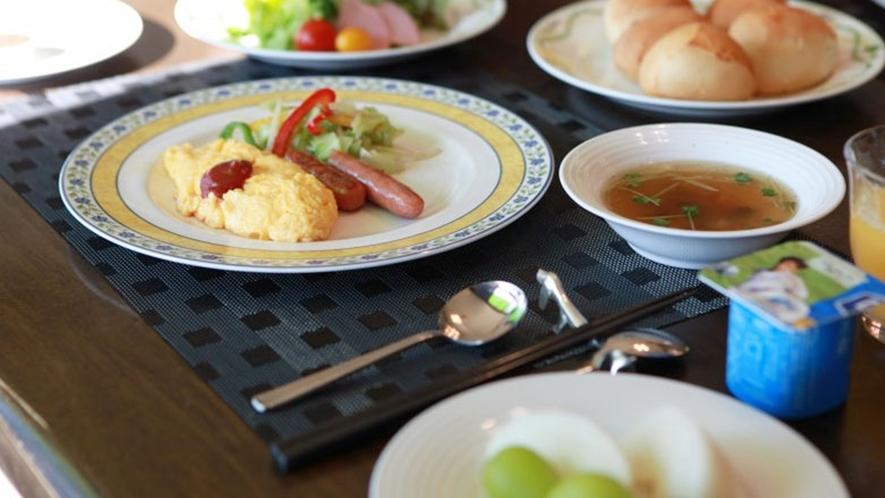 *食事一例/朝から元気に栄養補給!
