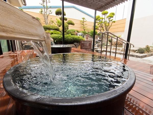 大浴場:壺湯
