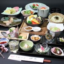和食会席コース料理です。武州牛のたたき、タジン鍋、うどんかご飯の選べる食事が人気♪