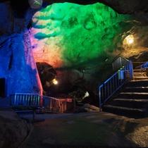 【上野村鍾乳洞】関東最大級の鍾乳洞『不二洞』へは当館から車で約60分です。一周約40分
