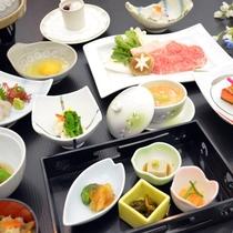 *夕食(冬の里山宿泊プラン一例)米沢牛のすき焼きも付いた、冬季限定のプランです。