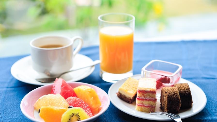 【シンプルステイ】スイーツ&ドリンクバー付きプラン /朝食バイキング付