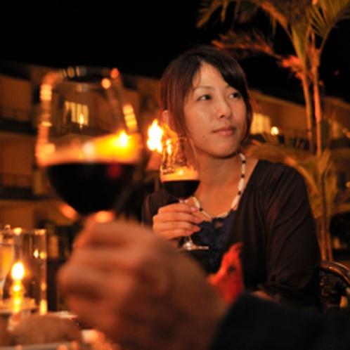 ワインとともにリゾートの夜は静かに更けていきます