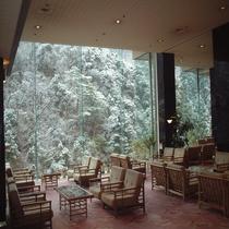 【ロビー】冬の雪景色