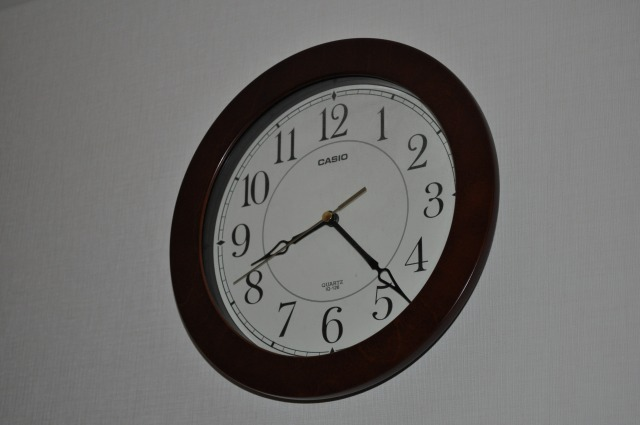 一目でわかる大型の掛け時計