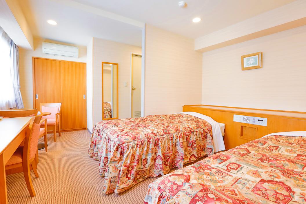 ツインルーム ベッド幅122cm ベッド2台