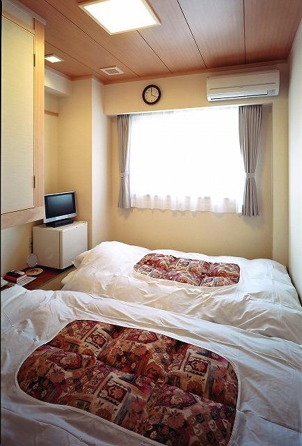 2012-3.1高知龍馬ホテル(和室6畳)