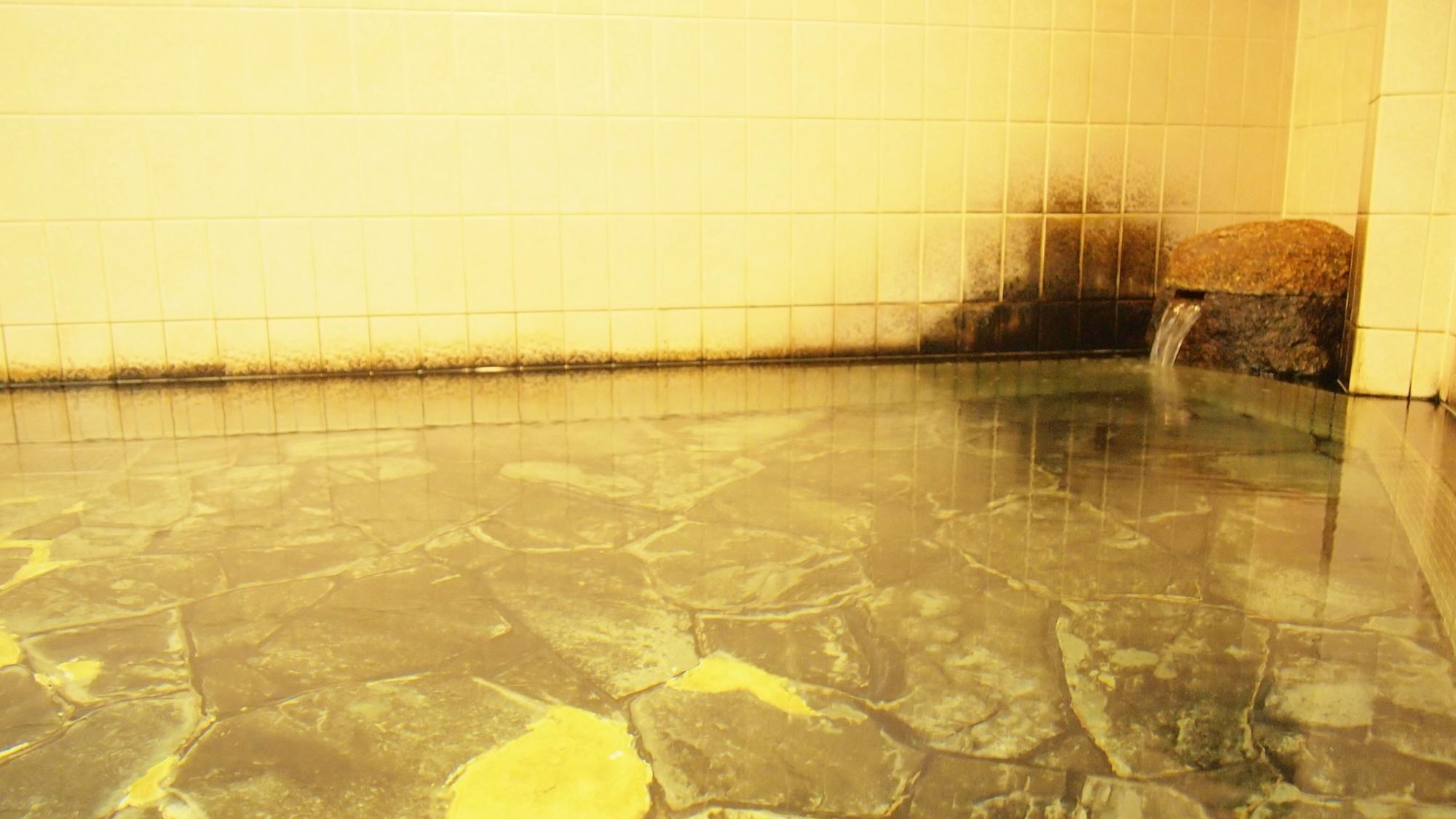 *【風呂】豊富なラドン(含有量17.45マッヘ単位/kg)を含んだ尾道屈指の温泉です。